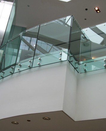 Upward view at a Shopping Mall Chicago, IL, Optik guardrail with clear glass