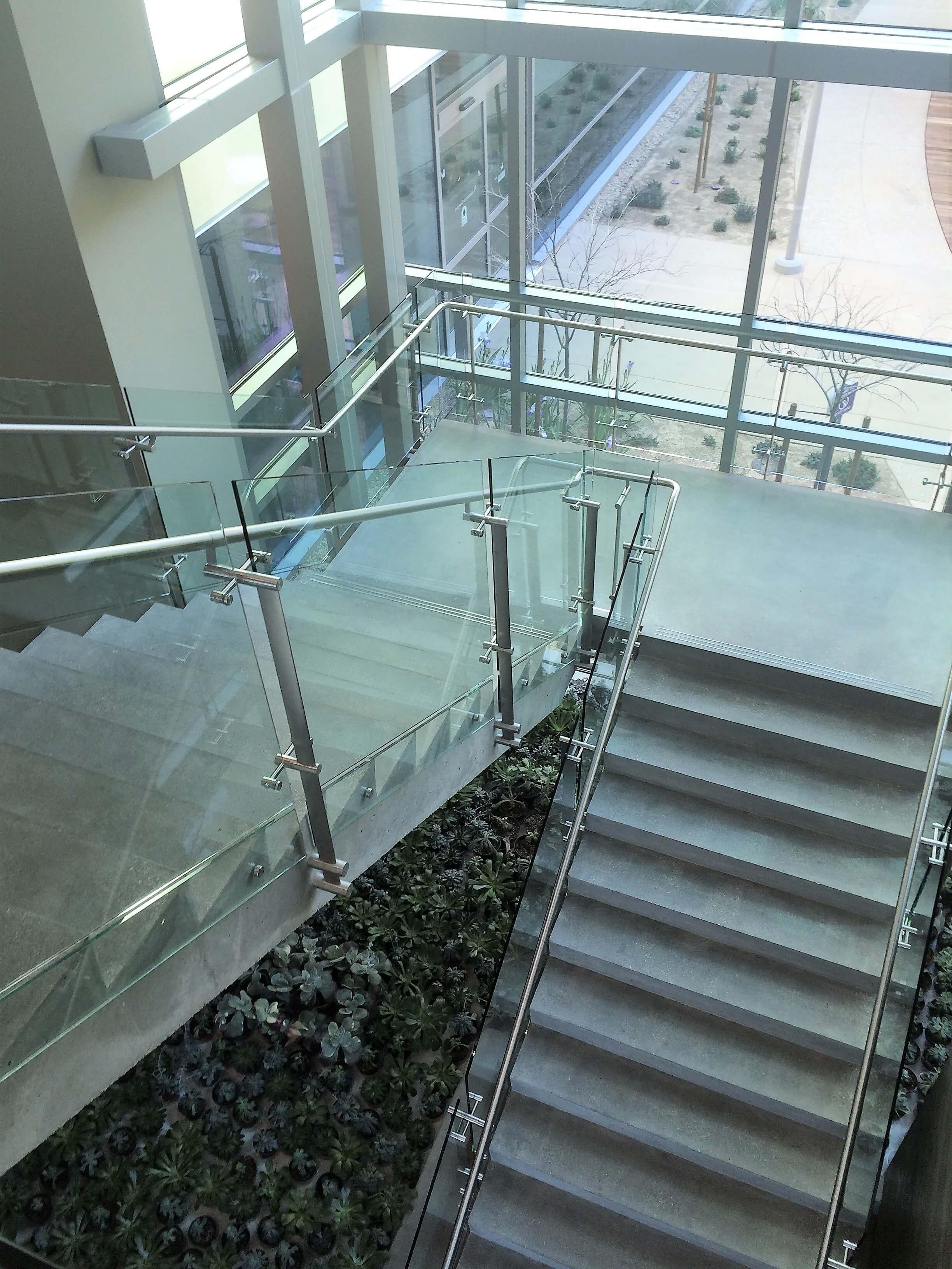 Kubit Glass Railing At Market Axess Nyc: Konic™ Photo Gallery