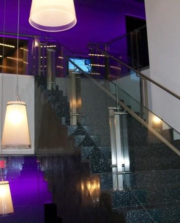 Goldman Sachs, NY, Kubit guardrail with glass infill panels