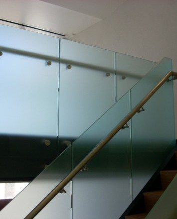 Office building, CA, Optik guardrail with opaque etched glass