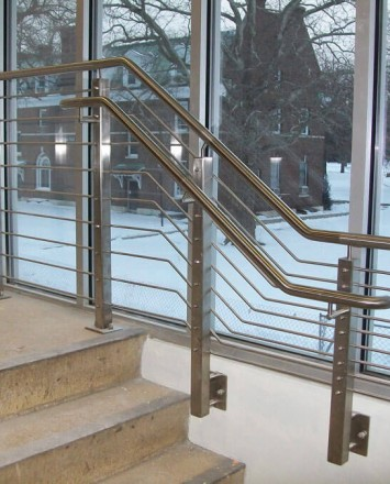 SUNY Nathan Hale, NY, CIRCUM Square guardrail side mounted with stainless steel infill rails
