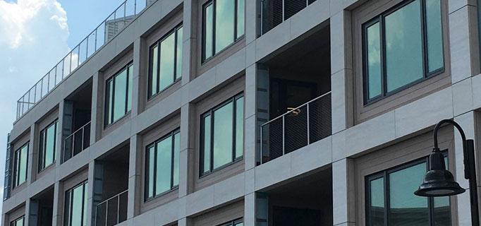 Low-profile HDI railings at Monroe condo