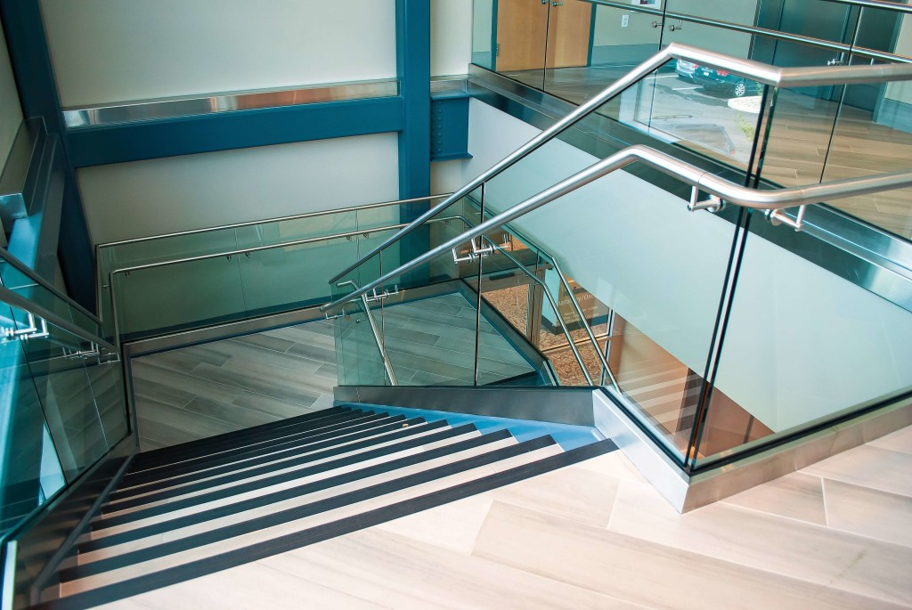 Optik Shoe Handrail Penn State