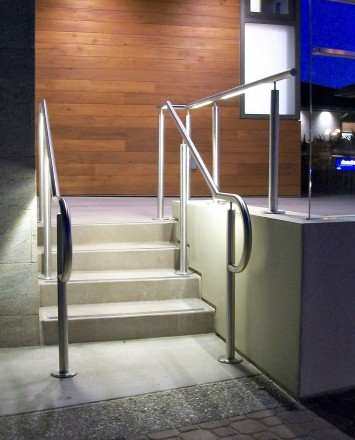 Outdoor side stairwell at Lafayette Library, CA, CIRCUM Round installation with LED railing