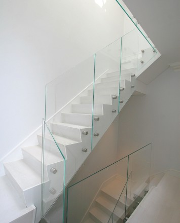 Skylit view of a Modern Private Residence NYC, NY, Optik guardrail with clear glass