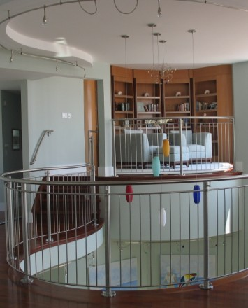 Balcony view of modern Private Residence, NJ, CIRCUM guardrail, curved with stainless steel infill pickets