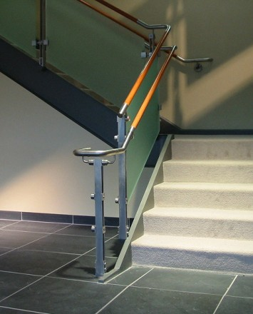 Inox handrail with frosted glass infill installation at Novartis Pharmaceuticals, NJ.