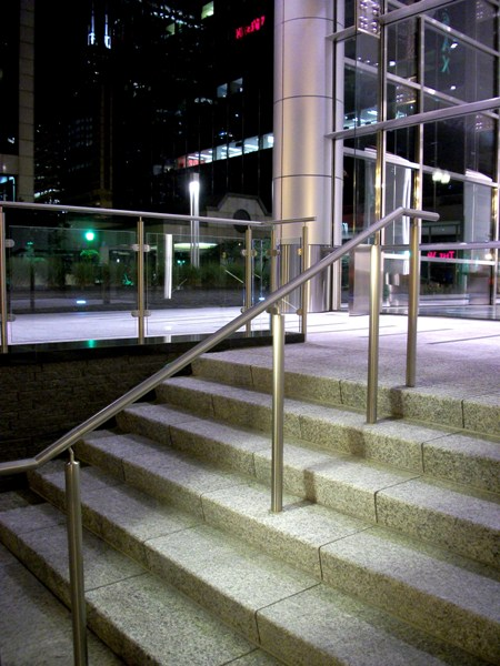 LED Photo Gallery | HDI Railing Systems
