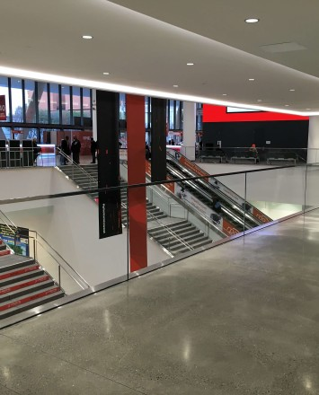 Moscone Center, San Francisco, CA, Optik Shoe with glass and structural U channel cap