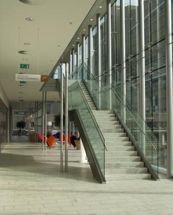 Entryway upward view of Philips, International, Optik Shoe with stainless steel handrail